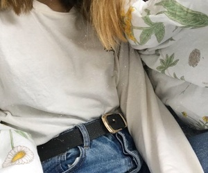 outfit, mom jeans, and white feed image