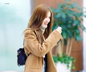 airport, kpop, and fashion image