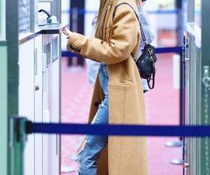 airport, korea, and korean image