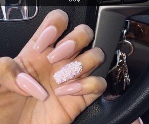 nails, pretty, and baddies image