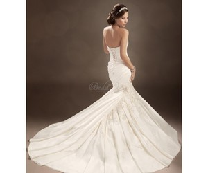 demure, Prom, and wedding image