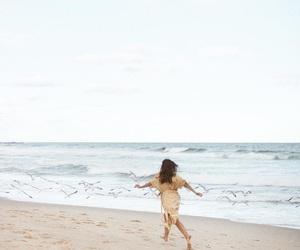 free, sea, and insta image