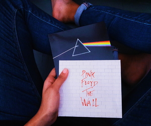 band, dark side of the moon, and Pink Floyd image