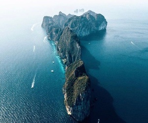 Phi Phi, thailand, and phi phi islands image
