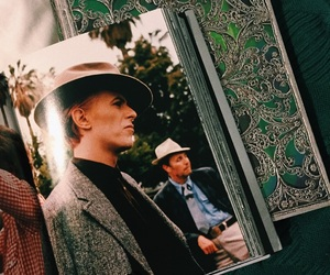 book and davidbowie image