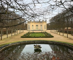chateau, hiver, and versailles image