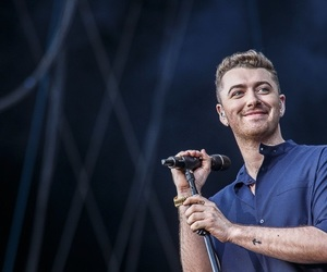 singer and sam smith image