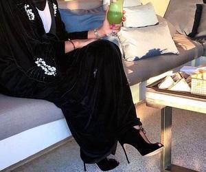 drink, Dubai, and fashion image