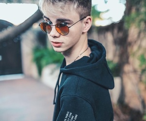 aesthetic, corbyn besson, and wdw image