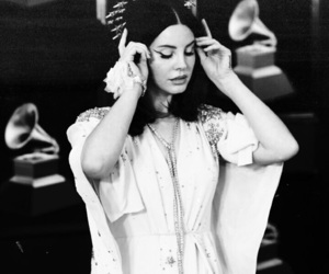 lana del rey, grammy, and grammys image