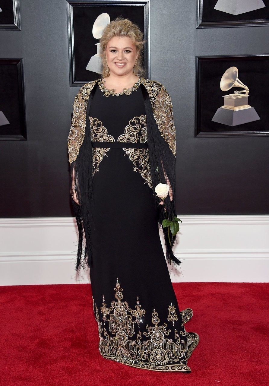 grammys and kelly clarkson image