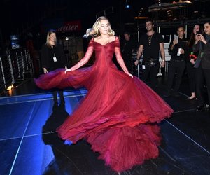 miley cyrus and dress image