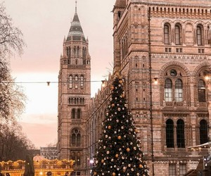 christmas, Ciudades, and tree image