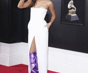 grammy awards, hailee steinfeld, and bella colwen image