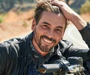 Hot and skeet ulrich image