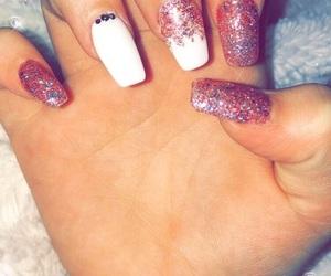 pink nails, acrylic nails, and glitter nails image