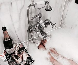 bath, relax, and vogue image