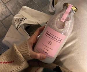 ig:sy_chaa | milk | strawberry | aesthetic | food