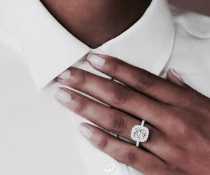 fashion, ring, and girl image