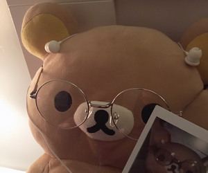 aesthetic, headphones, and teddy bear image