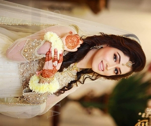 henna, indian bride, and muslim bride image