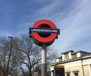 london, underground, and place image