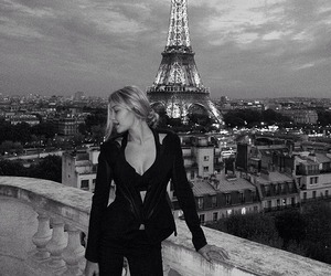paris, gigi hadid, and model image
