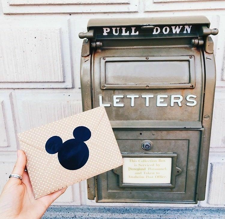 cartas, letters, and mickey mouse image