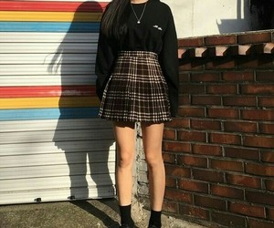 outfit, girl, and kfashion image
