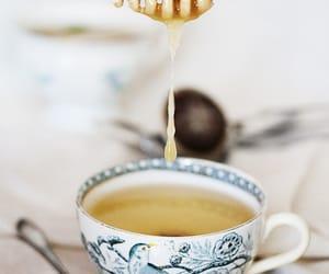tea and honey image