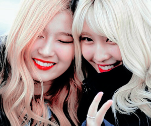 twice, momo, and samo image