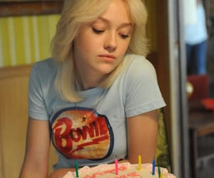 dakota fanning, the runaways, and bowie image