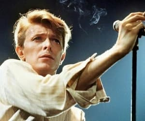 david bowie and singer image