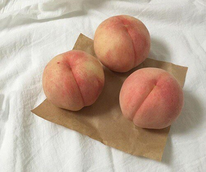 FRUiTS, peach, and sweet image