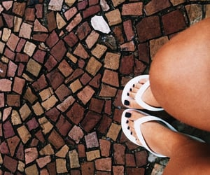 feet, girls, and havaianas image