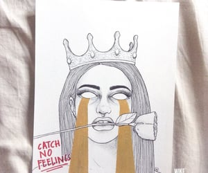 aesthetic, broken heart, and crown image