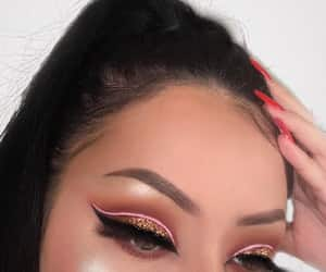 cut crease image
