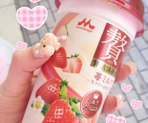 drink, strawberry, and asian image