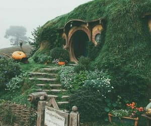 hobbit, travel, and hobbiton image