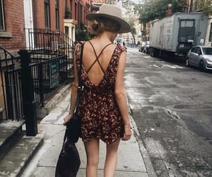 dress, style, and city image