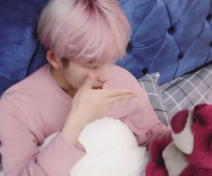 exo, baekhyun, and pink image