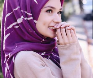 aesthetic, girls, and hijab image
