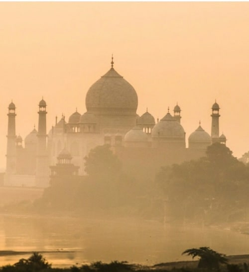 india and travel image