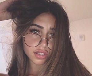 claudia tihan and brunette image
