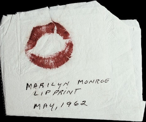 Marilyn Monroe, lips, and kiss image