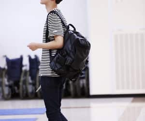 korean, kpop, and airport fashion image