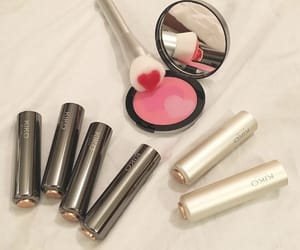 heart, indie, and makeup image