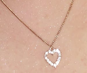 necklace, glitter, and heart image