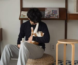 asian boy, korean fashion, and pets image