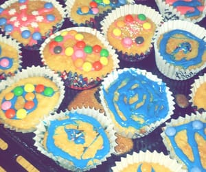 birthday, colors, and muffins image